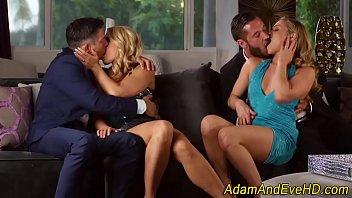 Вагинальный секс на порно отборе завел зрелую телочку с короткой стрижкой до струйного оргазма